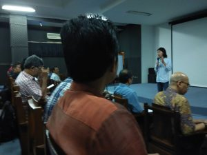 Ketua Panitia Budi N.D. memberikan sambutan dan laporan panitia