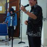dr. Gun Nugroho Samawi Dirut SKH Kedaulatan Rakyat memberikan sambutan dilanjutkan membuka pameran