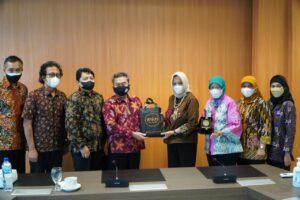 Deputi Kewirausahaan Kementerian Koperasi dan UMKM Kunjungi ISI Yogyakarta